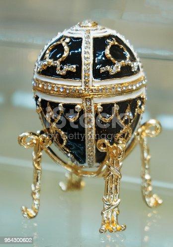 istock Faberge egg replica. Close-up view. 954300602