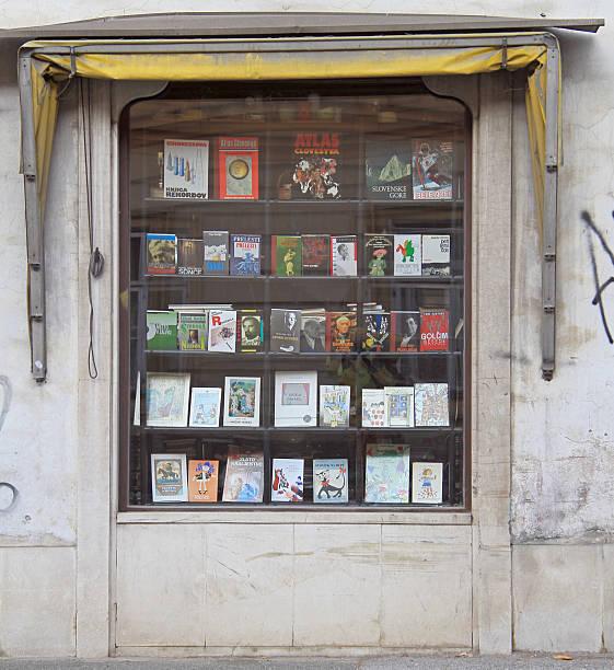 facade of a book shop in maribor, slovenia - gebrauchte bücher verkaufen stock-fotos und bilder
