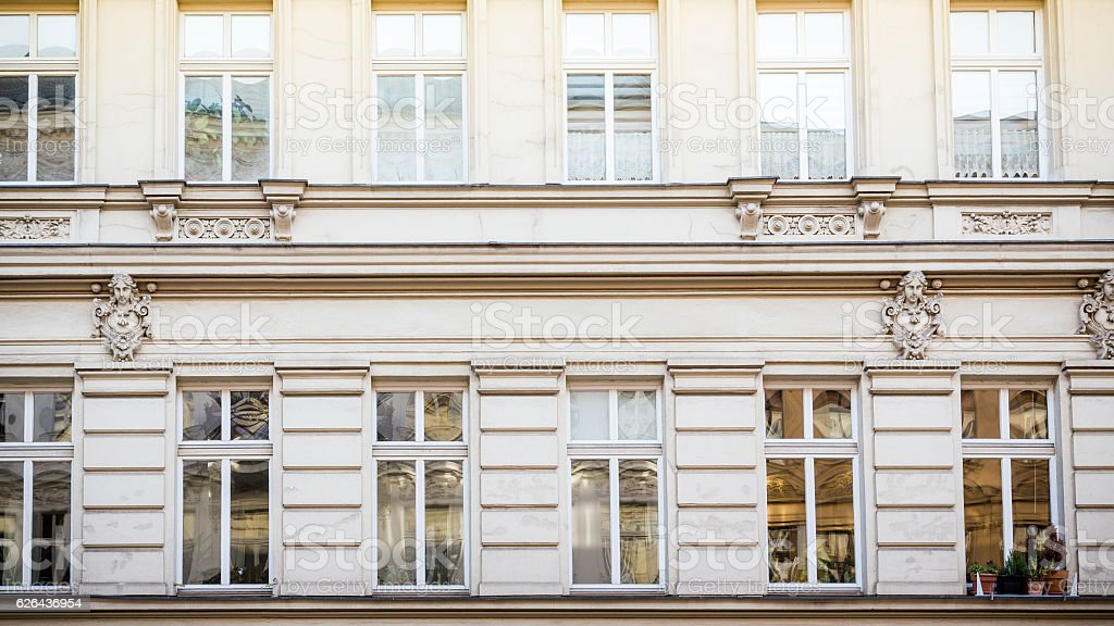 facade of an old house in Berlin Kreuzberg – Foto