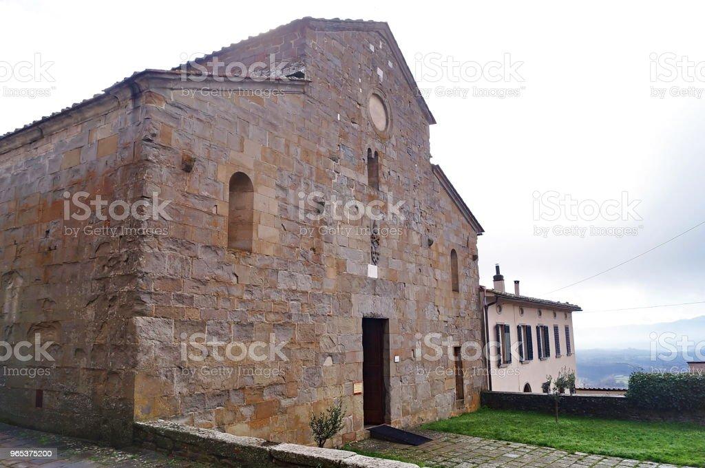 Gropina, 토스카의 교회의 외관 - 로열티 프리 건물 외관 스톡 사진