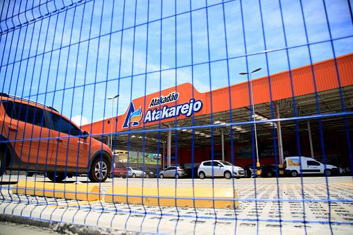 facade of the supermarket atakadao atakarejo