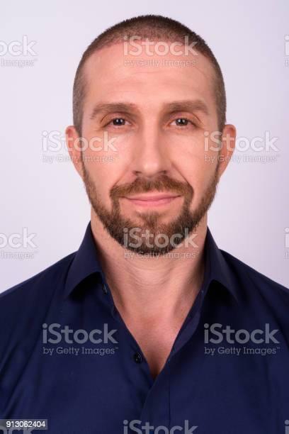 Face of businessman against white background picture id913062404?b=1&k=6&m=913062404&s=612x612&h=vzzjbdipztxidvofxybts d6t5wjt uk0g4my 98fpi=