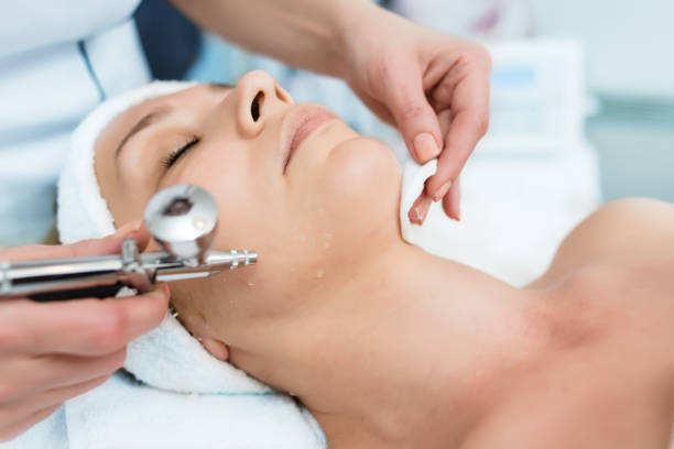 Face treatment Face treatment oxygen stock pictures, royalty-free photos & images