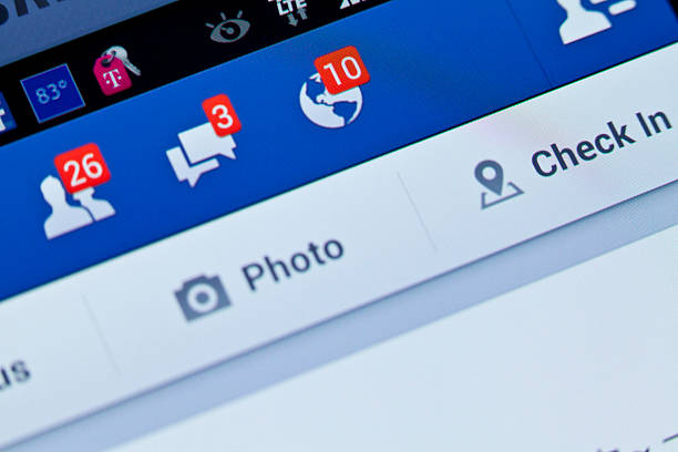 notifications de facebook - message écrit et lettre de photos et images de collection