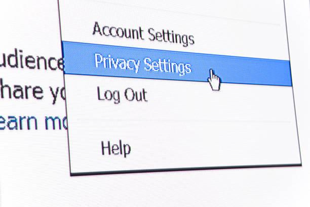 facebook privacy settings - omgeving stockfoto's en -beelden