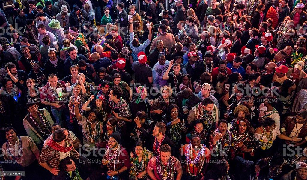 Caras de Mardi Gras (Bourbon Street, Nueva Orleáns - foto de stock