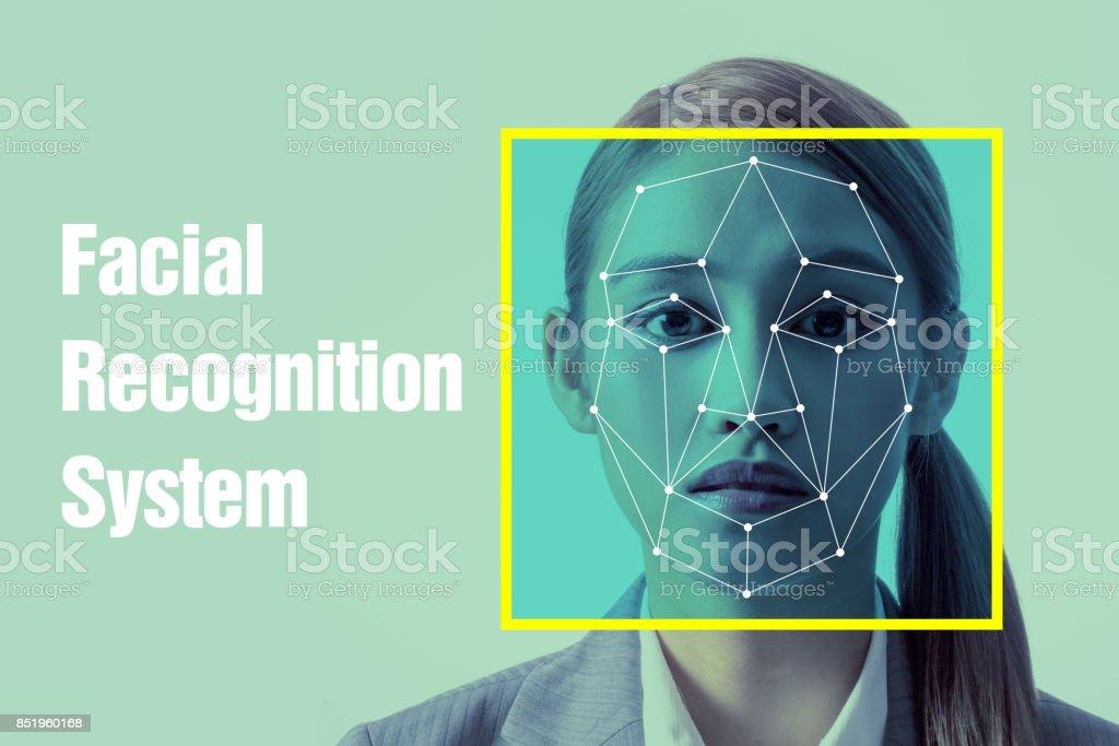 Notion de système de reconnaissance faciale. - Photo