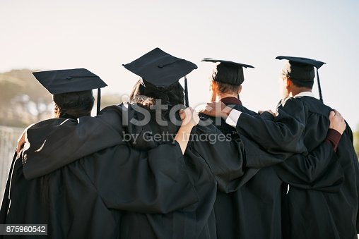 istock Facing a world of new possibilities 875960542