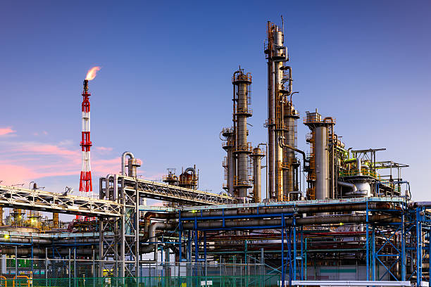 factories - refinery stock photos and pictures