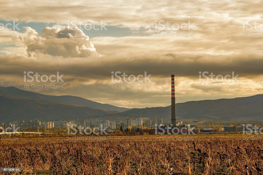 Fabrik bei Sonnenuntergang Lizenzfreies stock-foto