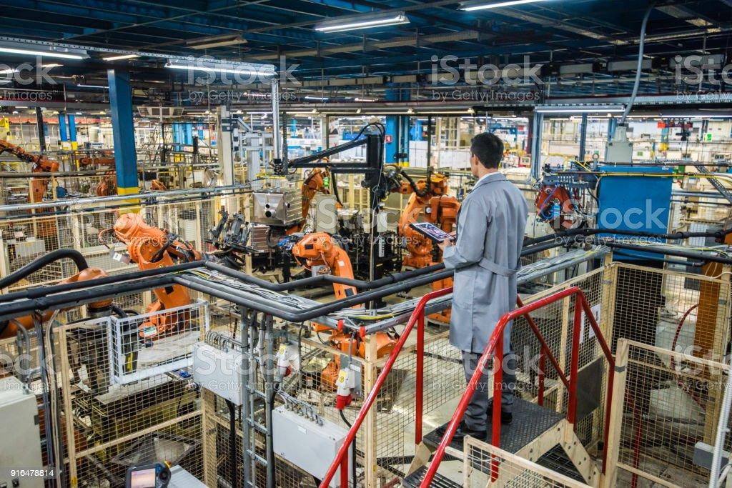 Fabrik-Ingenieur Inspektion des Arbeitsprozesses – Foto