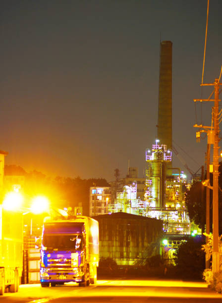 Factory night view Factory night view. Shooting Location: Yokohama-city kanagawa prefecture 恐怖 stock pictures, royalty-free photos & images