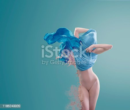 917170194 istock photo Fade out 1185240020