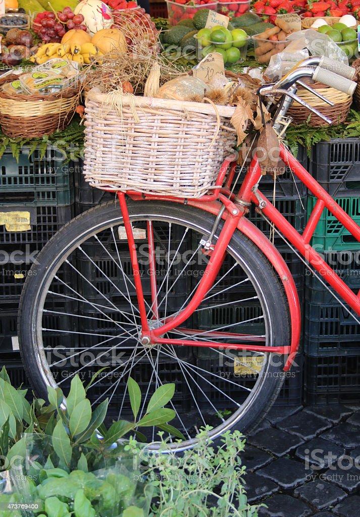 Fahrrad auf dem Markt royalty-free stock photo