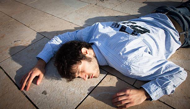 fainted Mann – Foto