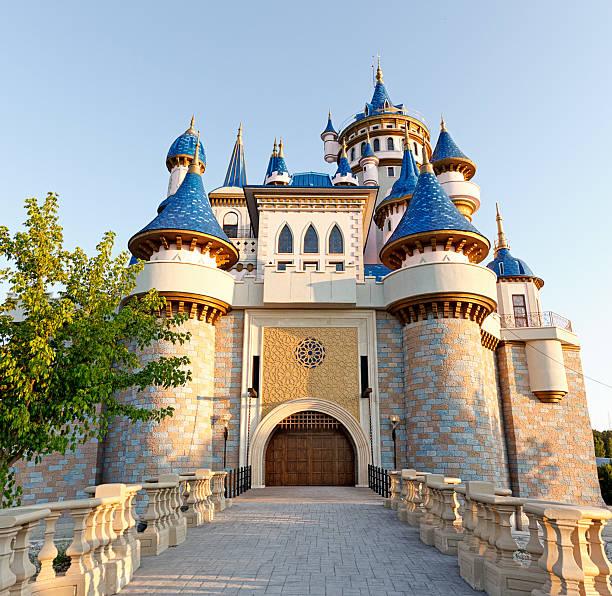 fairy tale castle - castle stock pictures, royalty-free photos & images