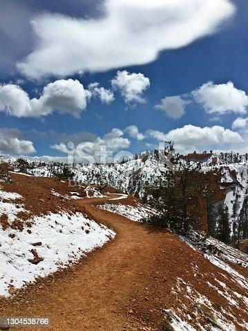 istock Fairyland Trail - Utah - Snow 1304538766