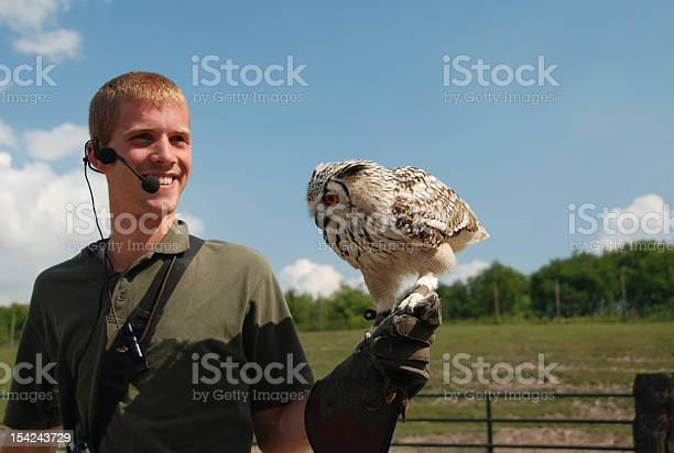 Falconer with bengal eagle owl picture id154243729?b=1&k=6&m=154243729&s=612x612&h= 2zc83k5dhok x37ihdfdie2crvsgx4zi2nzw tzf60=