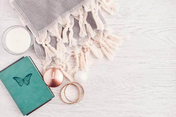 여자 패션 정이을 겨울 - 보석 개인 장식품 뉴스 사진 이미지