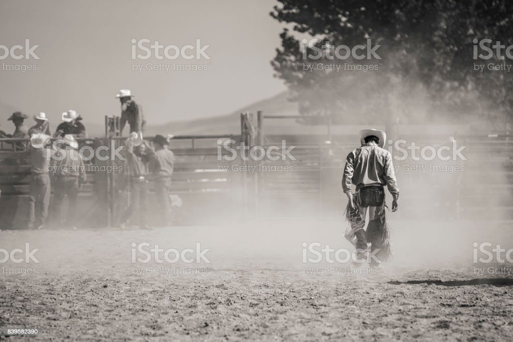 Cavalier de rodéo déchu - Photo