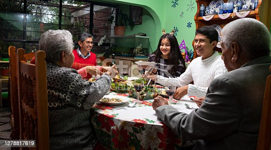 istock Family at a Christmas dinner 1278817619