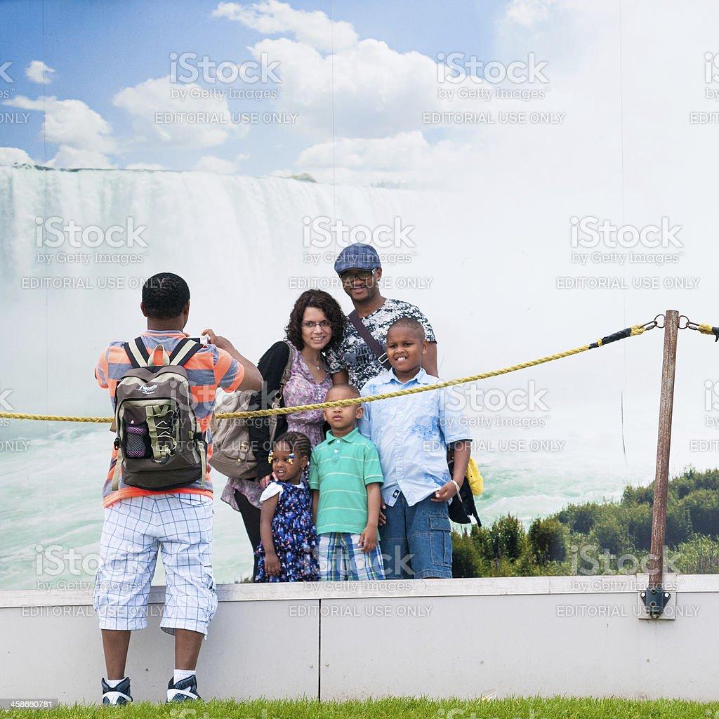 Familie in Niagara Falls – Foto