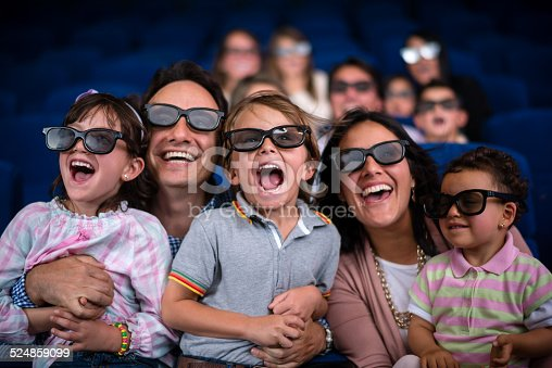 istock Family at the cinema 524859099