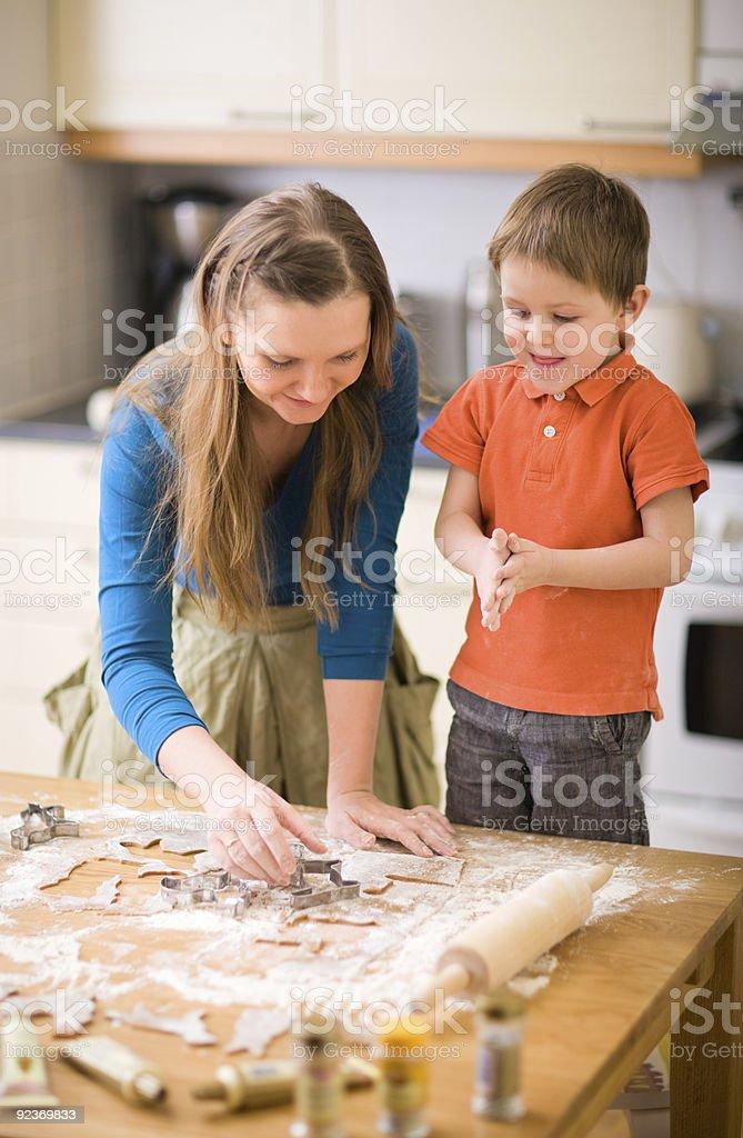 Familie Backen Lizenzfreies stock-foto