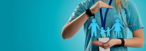 Family Doctor and Healthcare Doctor, Pointing, Family, Healthcare, Information general practitioner stock pictures, royalty-free photos & images