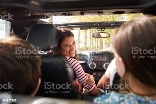 Family driving in open top car on countryside road trip picture id969627956?b=1&k=6&m=969627956&s=612x612&h=e 4zv1asowmhdsjsclfa0ipuh4myxf4gusnpxhmrh48=