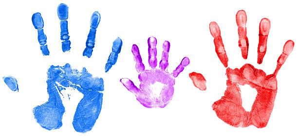 familie hand drucke - kinderfarben stock-fotos und bilder