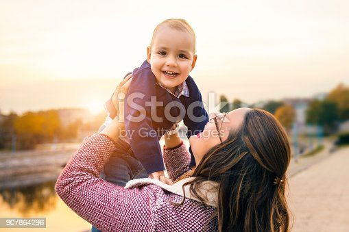 istock Family happiness 907864296