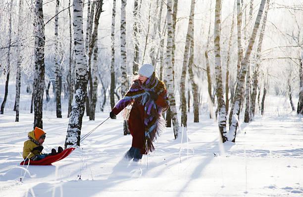 Familie Spaß im winter – Foto