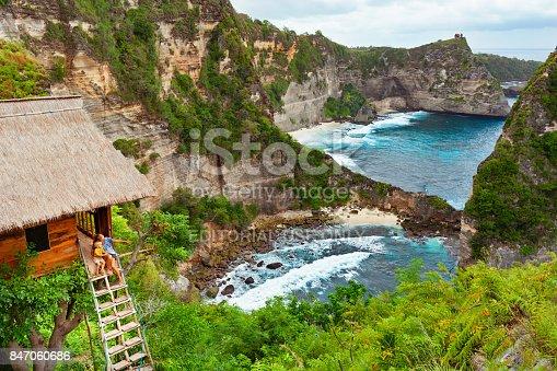 929671306 istock photo Family in house on tree at Atuh beach, Nusa Penida 847060686