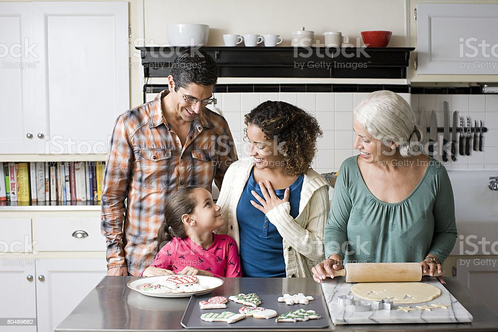 A family making cookies 免版稅 stock photo