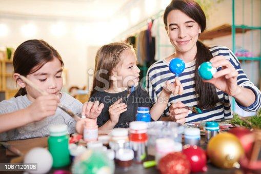 istock Family  Making Handmade Ornaments 1067120108