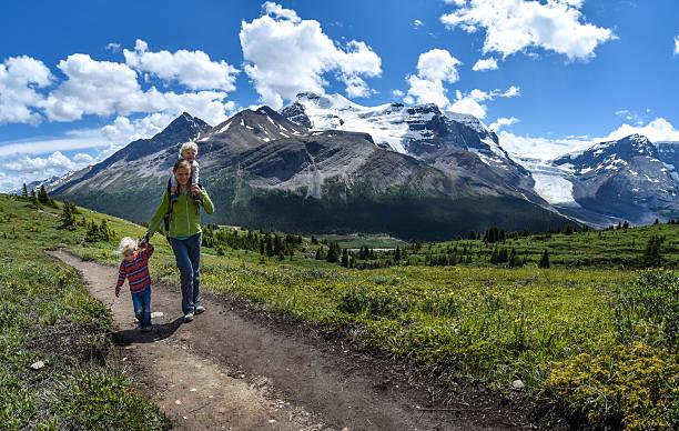 Familie Mountain wandern – Foto