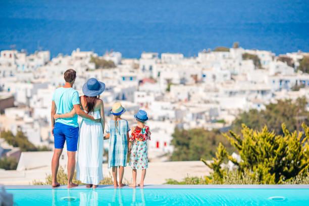 Vierköpfige Familie auf Europareise – Foto