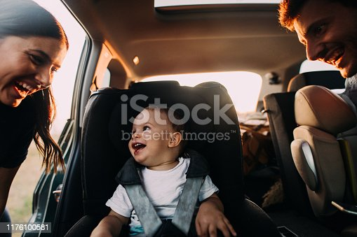 istock Family on a road trip 1176100581