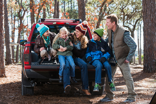 istock Family on a wilderness road trip in the fall 485403184