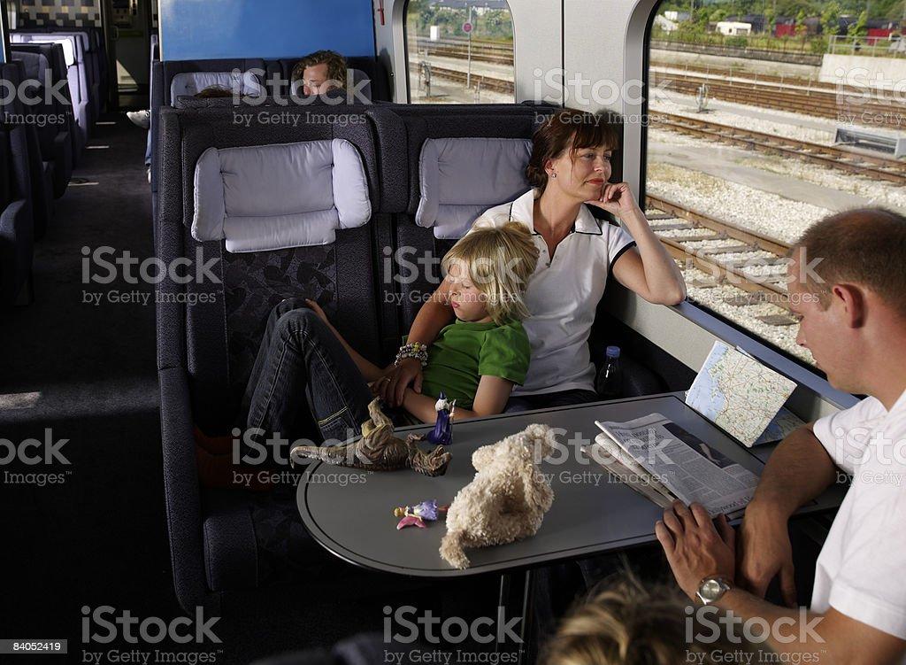 Famille en train photo libre de droits