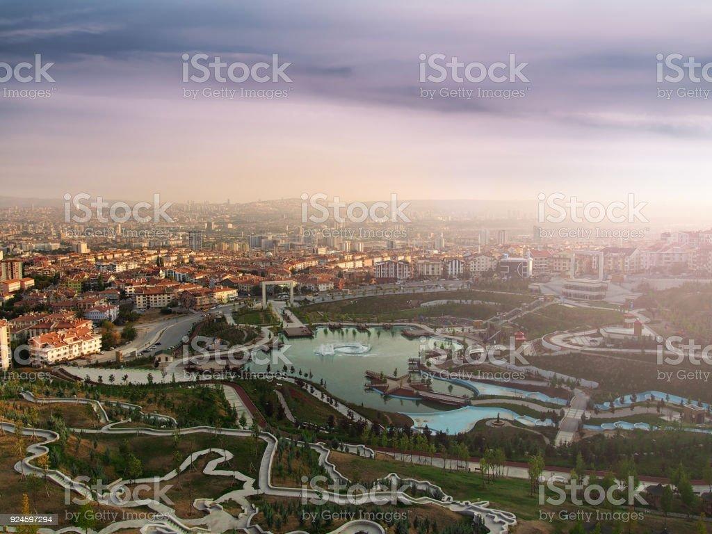Parque de la familia y vista de la ciudad de ankara - foto de stock