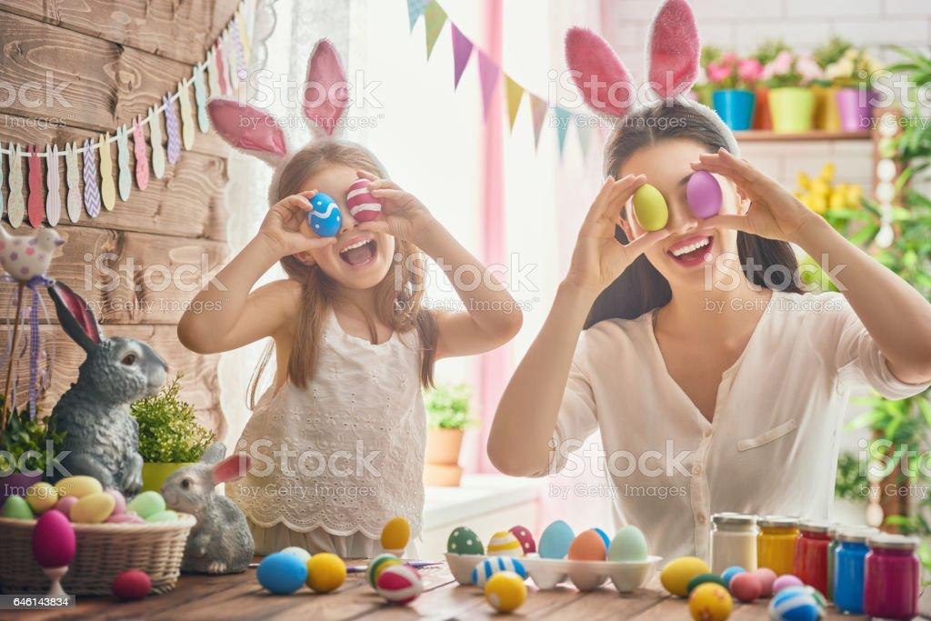 Familie Vorbereitung Ostern – Foto