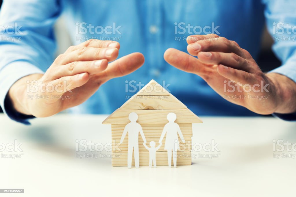 notion de propriété, assurances vie et santé famille - Photo