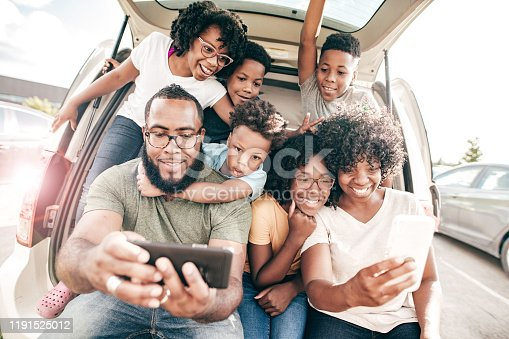 807410214 istock photo Family ready for the road trip 1191525012
