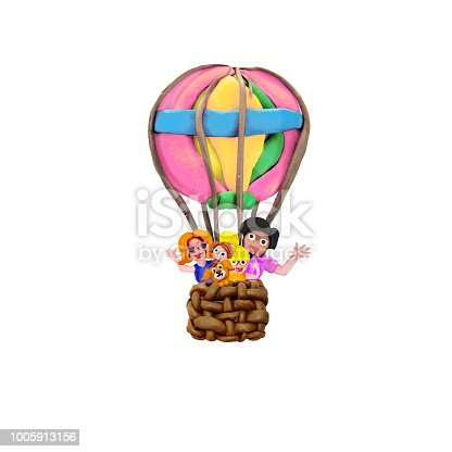 624869600 istock photo Family ride by air balloon 3D illustration  banner isolated on white background 1005913156