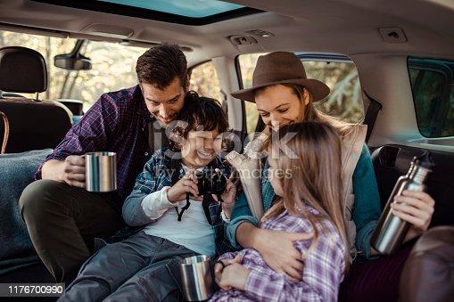 930810564istockphoto Family Road Trip 1176700990