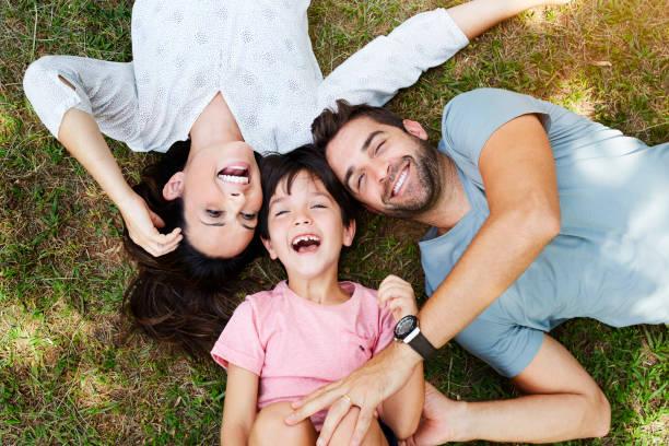 Familie Lächeln – Foto