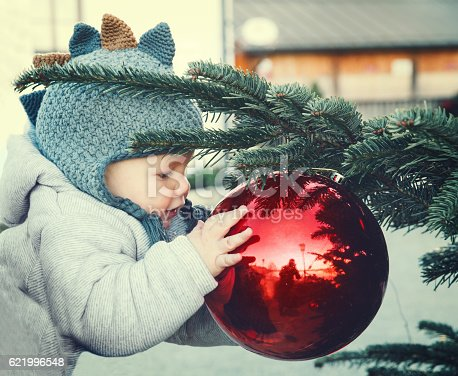544818734 istock photo Family spend time at a Christmas and New Year holidays 621996548
