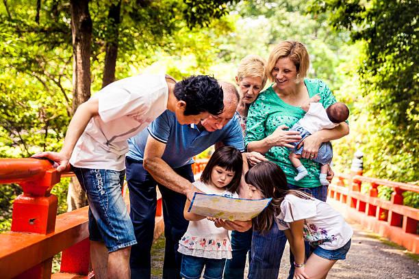 ご家族で過ごす週末の自然 ストックフォト